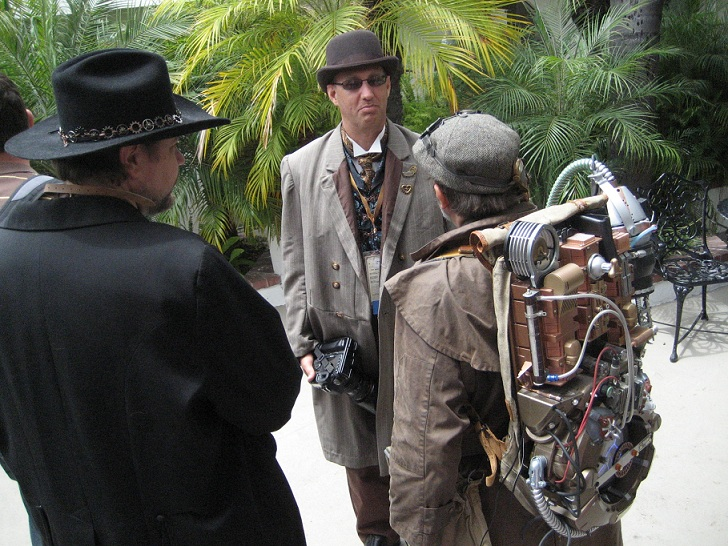 Observations from a Steampunk Con Newbie