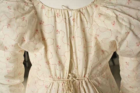 1810-15 back ties Met