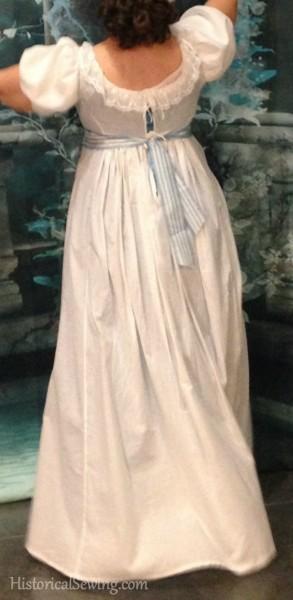 1813 back tie dress