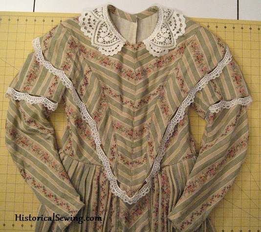 1844 Dress Bodice front