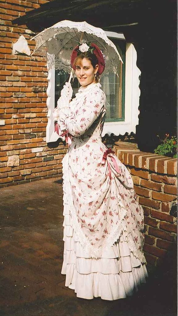 Fabric Choices for 19th C. Costumes – Part 1 – Linen