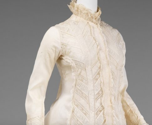 1885 Met gown close up detail|1880 Vanilla Dressing Gown