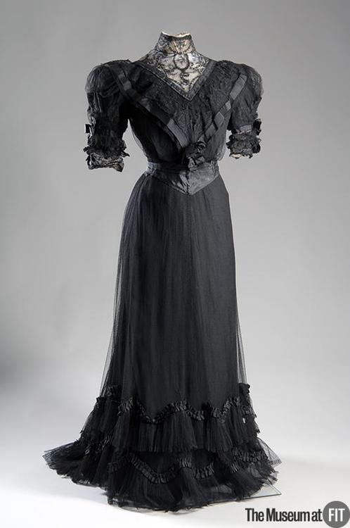 1902 Afternoon Dress by Paquin, Museum at FIT