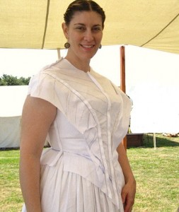 1843 Fitted Bodice Mockup