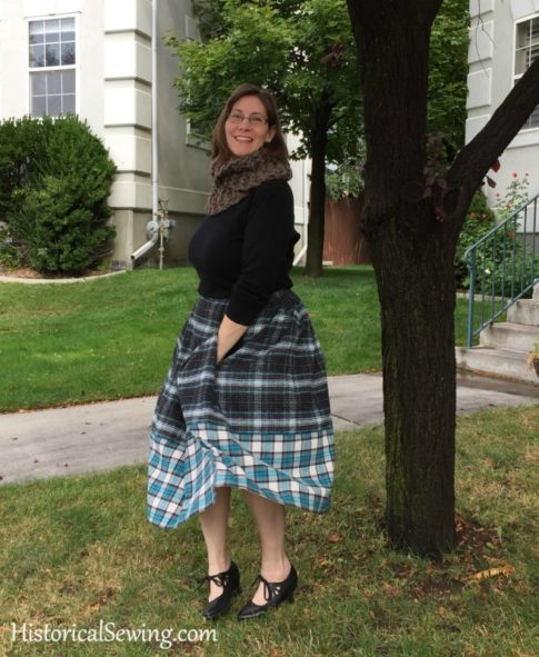 Chore Skirt - with pockets and weighted front