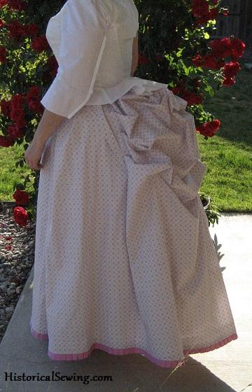 1886 Cotton Print Underskirt
