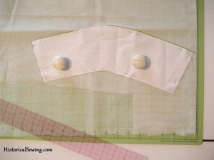 Organdy underlining for the cuff