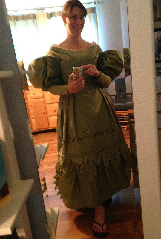Mockup fitting from 1830 Slytherin dress