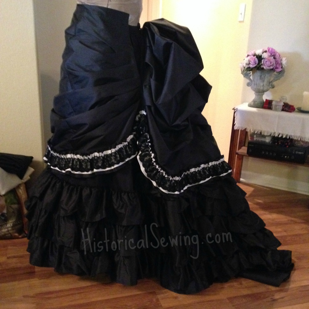 Overskirt as seen over the foundation skirt
