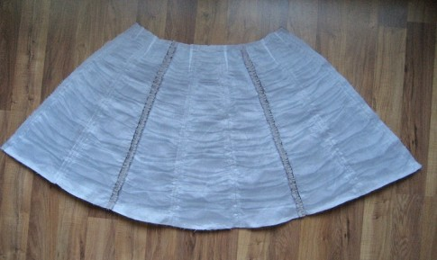 Ruched Apron back