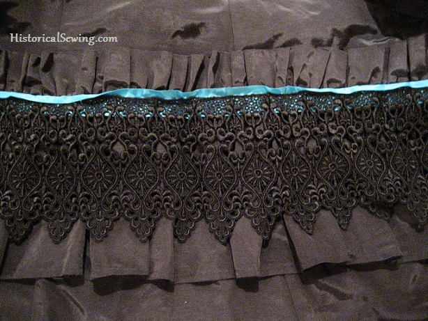 Skirt ruffle with ruched header
