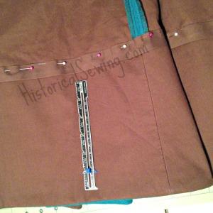 Skirt with underlining & hem facing