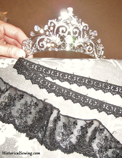 Tiara & black laces